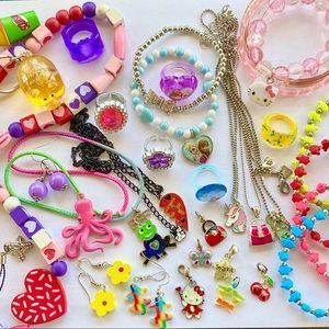 Girls jewelry accessory lot